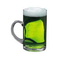 Кружка зеленого пива
