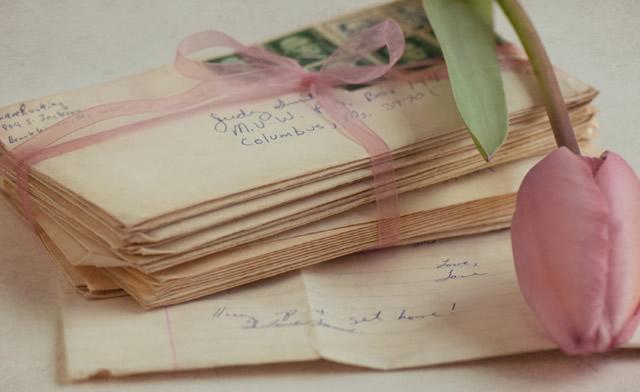 Стопка любовных писем