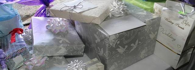 Свадебные подарки радуют молодую пару, когда будут продуманы.