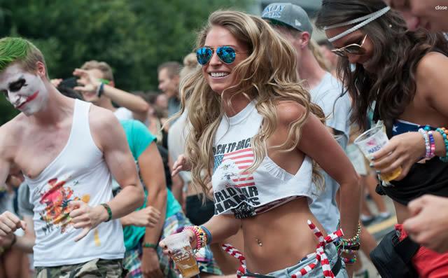 Фестиваль Tomorrowland - яркая и неповторимая атмосфера